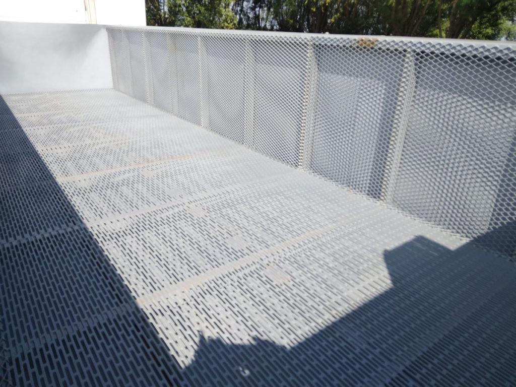 Sludge Container with De-watering Basket